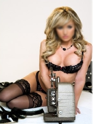 High Class Model Escorts South City